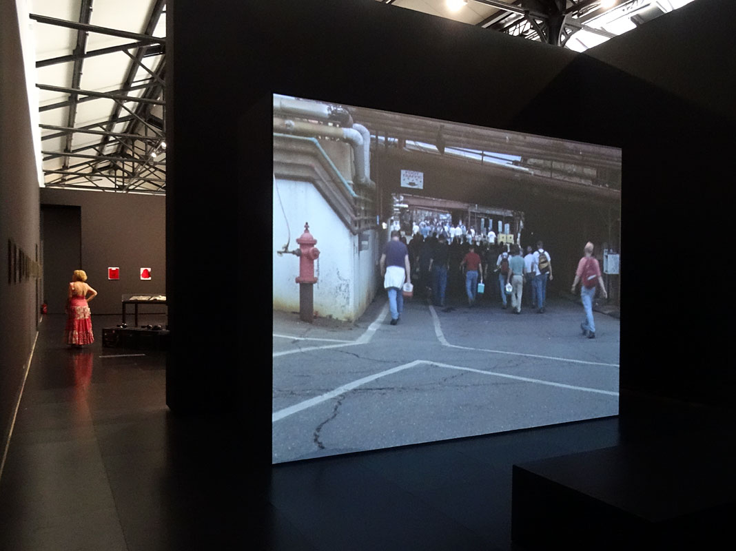 Walead beshty picture industry systematically open fondation luma arles - Frac marseille adresse ...